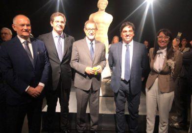 Inaugurata a Catania nel Museo Civico di Castello Ursino Il kouros ritrovato In mostra la preziosa statua greca in marmo assemblata