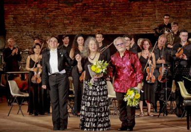 """Successo per """"Taormina Opera Stars"""" con il concerto dei pianisti, Martha Argerich e Daniel Rivera"""