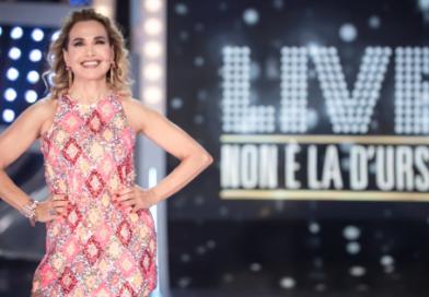 """Al via la terza stagione di """"LIVE – NON È LA D'URSO"""""""